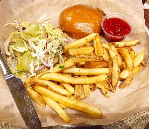 Williamstown, MA : The Jerk Chicken sandwich