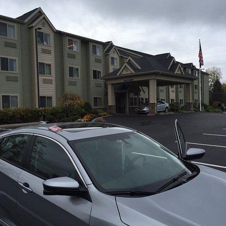 Microtel Inn & Suites by Wyndham Verona : photo0.jpg