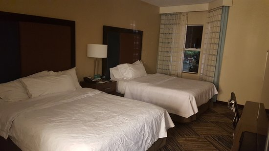 Homewood Suites by Hilton Columbus Airport: 20161026_193757_large.jpg