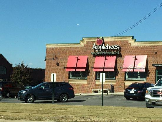 Applebee's - Madison