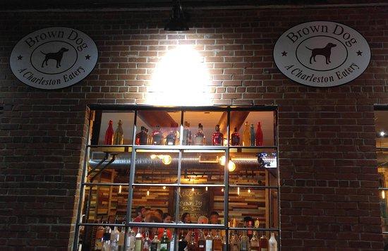 Carrollton, جورجيا: Brown Dog Eatery