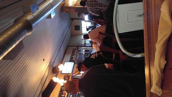 Carrollton, جورجيا: Crowded Bar