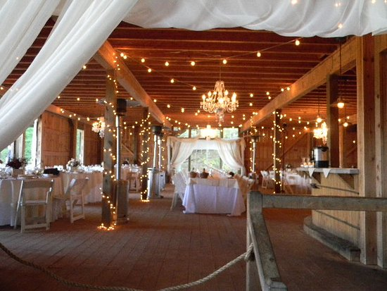 Chaumette Vineyards & Winery: Chamuette Winery Barn-decorated for wedding.