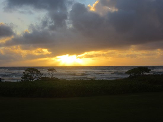 Aqua Kauai Beach Resort Sunrise Viewing