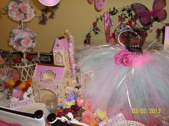 Stonington, CT: Enchanted Wishes Boutique