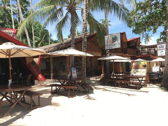 Restaurant Pyramid Beach Resort