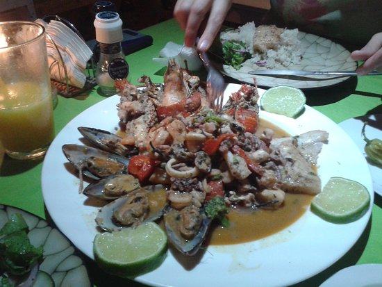 Palenque Luisa: los platillos están preparados con deliciosos ingredientes! para chuparse los dedos.