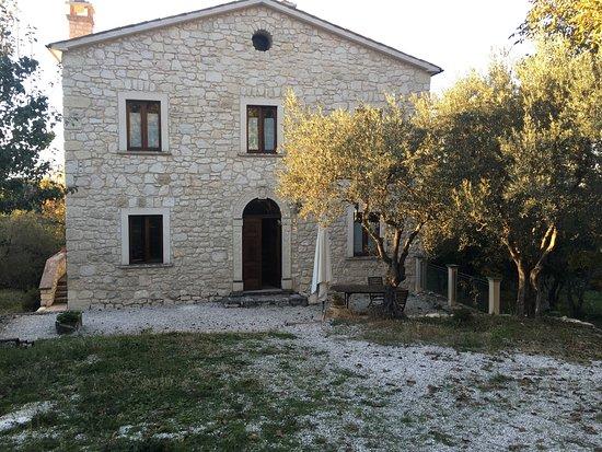 Abbateggio, Italia: photo0.jpg
