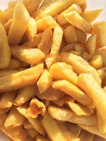 Neptune Fish & Chip: Crispy, golden chips