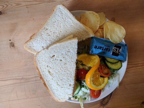 Newent, UK: Coffee shop - fish finger sandwich