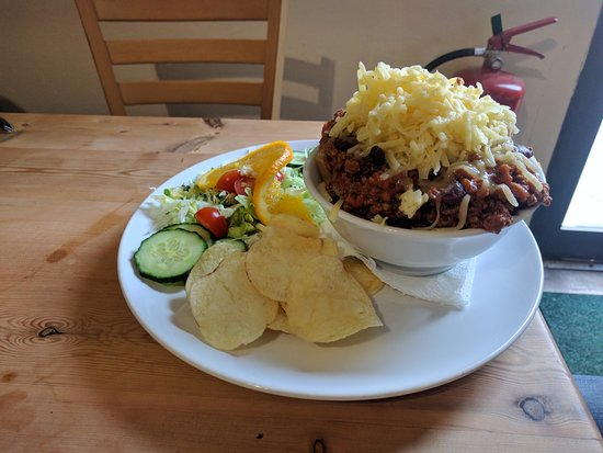 Newent, UK: Jacket potatoes - cheese