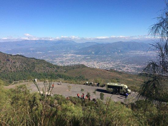 Busvia del Vesuvio: photo1.jpg