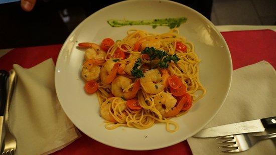 Ristorante Pizzeria Rolly: Spaghetti gamberoni e pomodorini