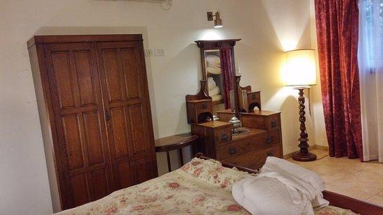 Ramot Naftali, Israel: Bedroom ares 2