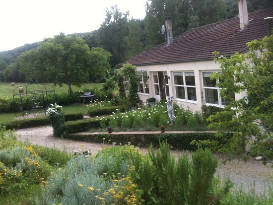 Moulin de la ville updated 2017 b b reviews beaumont du for Piscine moulins