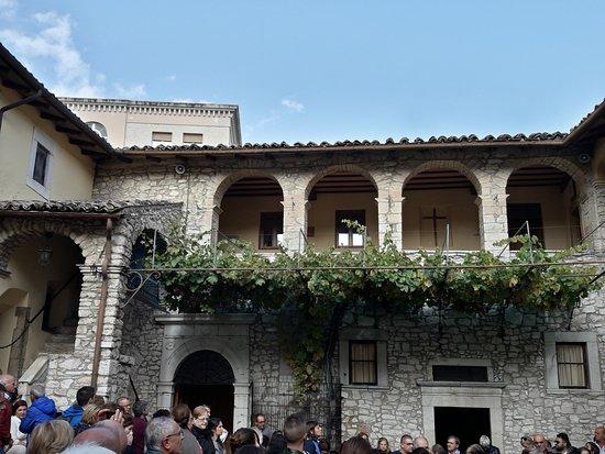 Cascia, Italia: vie originaria dal ramoscello