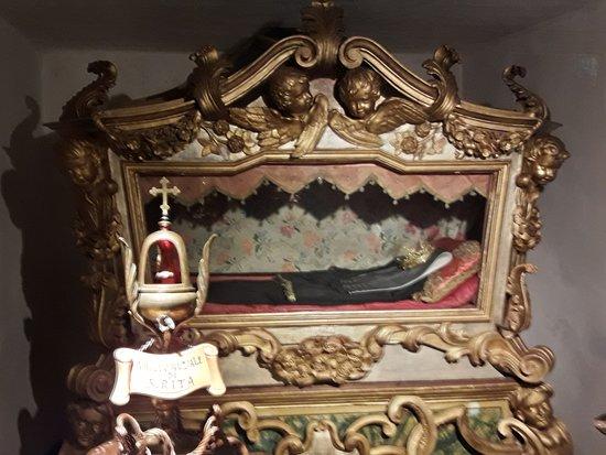 Anello picture of monastero di santa rita da cascia for Basilica di santa rita da cascia