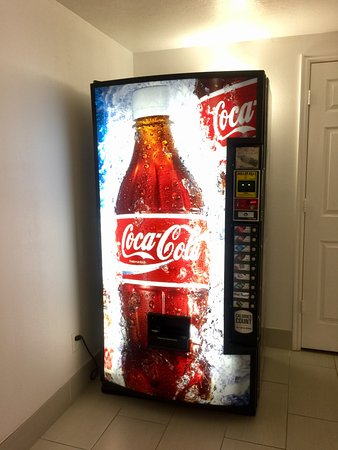 Beaver, UT: Drinks vending machine