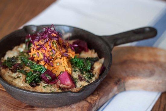 Egerton, UK: The Barrow House – Kale & beetroot frittata, carrot & orange salad
