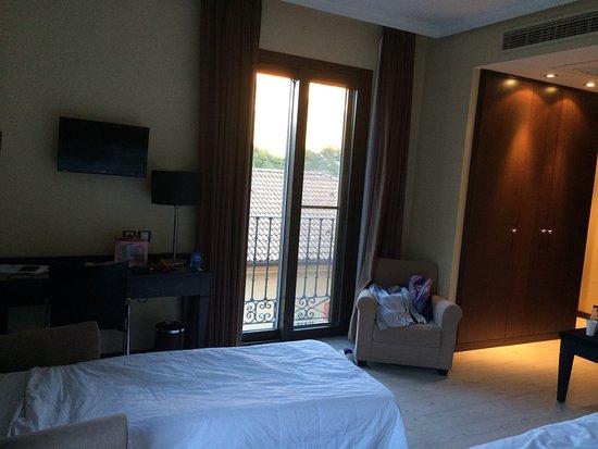 Trillo, Spania: Habitación 154 para una pareja y una niña.