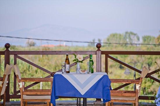 Seralis Hotel: dinner & breafast area