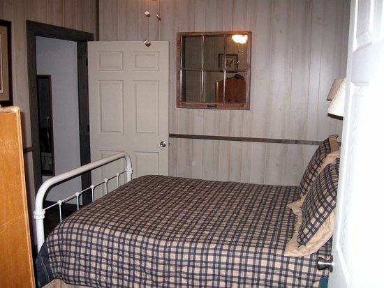 Perryville, AR: Bedroom 3