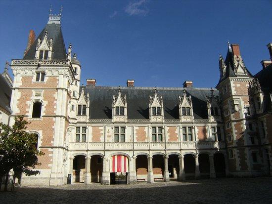 Ibis Blois Centre Chateau : Cha^teau de Blois à proximité de l'hötel