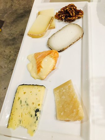 St James Cheese Company: photo1.jpg