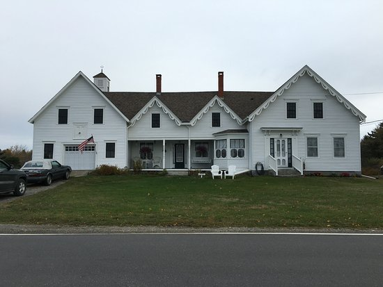 ‪‪Tenants Harbor‬, ‪Maine‬: the b&b is the right portion of the house with it's own entrance‬