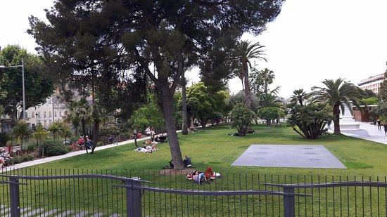 Le Jardin Albert 1er: el jardin