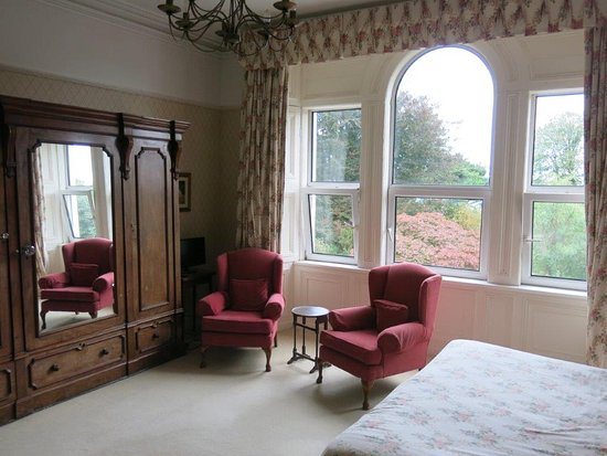 Knockeven House Wonderful Large Front Room With Windows And Chairs