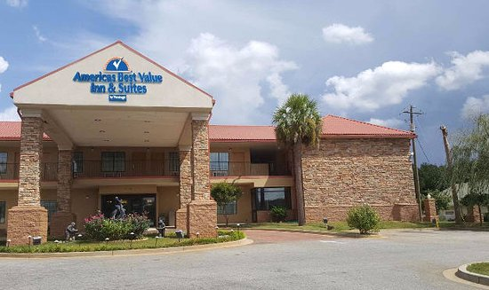 Americas Best Value Inn & Suites - Griffin: Exterior