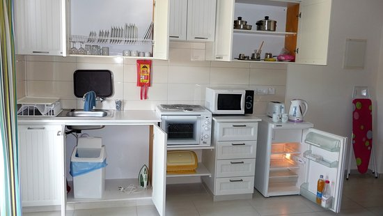 Kefalos Beach Tourist Village: Each Villa has a kitchen same as this