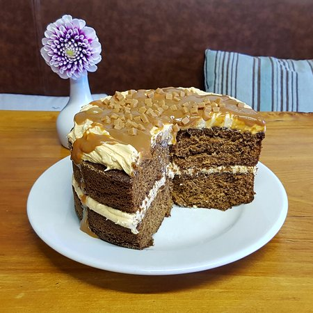 The Coffee Lounge: Sticky Toffee Cake