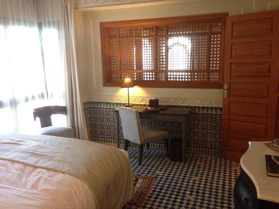 法拉傑宮套房飯店照片