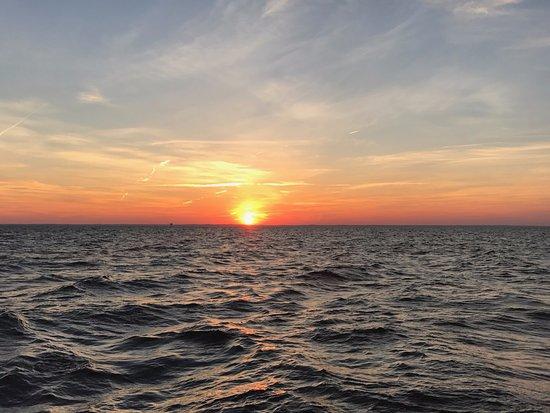 Rock Hall, MD: Sunset Sail