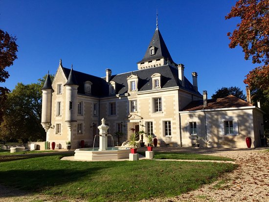 El chateau photo de chambres d 39 hotes chateau de bellevue for Chambre d hote chateau
