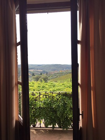 Relais Vignale: Many main rooms open to balconies all with great views