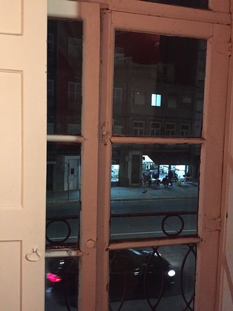 Magnolia Porto Hostel: Taken from room during 31 oct 2016