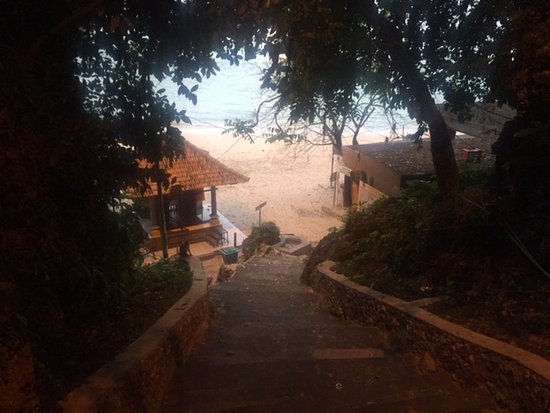Padang Padang Surf Camp: Entrance to Padang Padang beach, early morning surf sesh