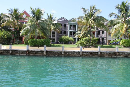 Pelican Bay at Lucaya: Panoramica degli alloggi