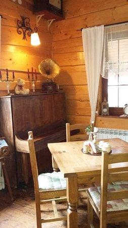 Chata Starych Znajomych - Restauracja