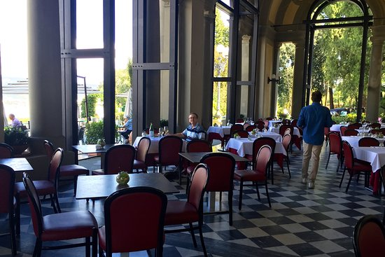 La Loggia Restaurant : Beautiful interior of La Loggia