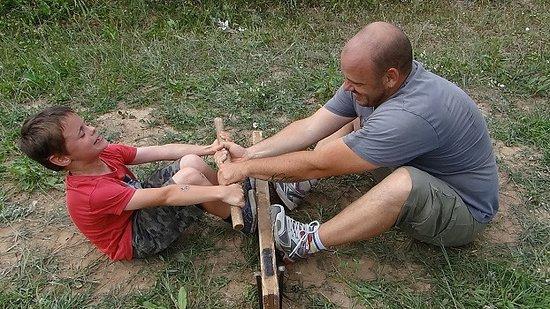 Monterfil, ฝรั่งเศส: Parents-enfants : le plaisir de jouer ensemble !