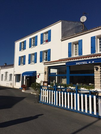 Hotel restaurant la chaudree la bree les bains frankrike for Hotel des bains oleron