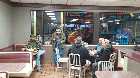 McDonald's, 2301 Broadway Ave, Yankton, SD, Oct 2016