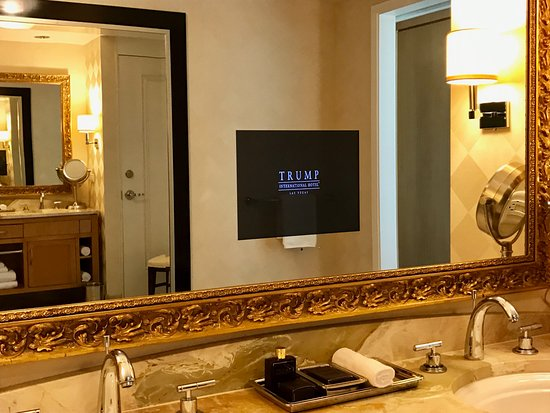 Trump International Hotel Las Vegas: Master Bathroom Tv In Mirror   In One  Bedroom Suite