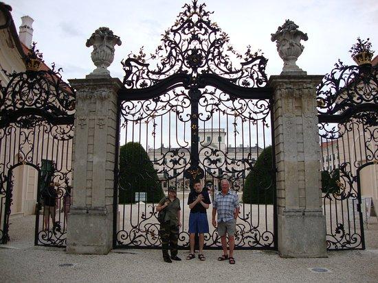 Fertod, Ungarn: Eingangstor