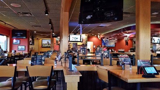 Maryville, MO: Applebee's