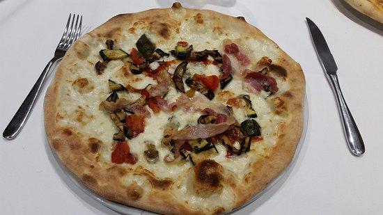 Salame Maria Rosa.Maria Rosa Mozzarella Verdure Grigliate Zola E Salame